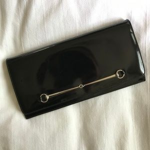 GUCCI | Black Patent Leather Clutch with Horsebit